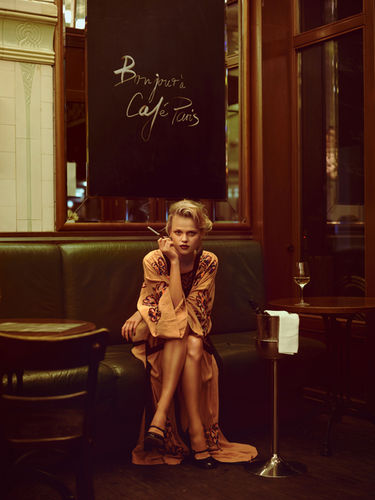RECOM : GIRLS OUT NIGHT - Café Paris - Portfolio