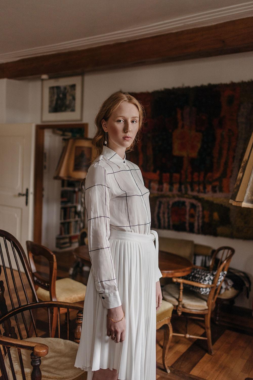 BRODYBOOKINGS: ESTHER for GOLDMARLEN