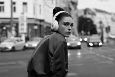 CHRISTA KLUBERT PHOTOGRAPHERS: APRICOTBERLIN FOR BEATS BY DRE