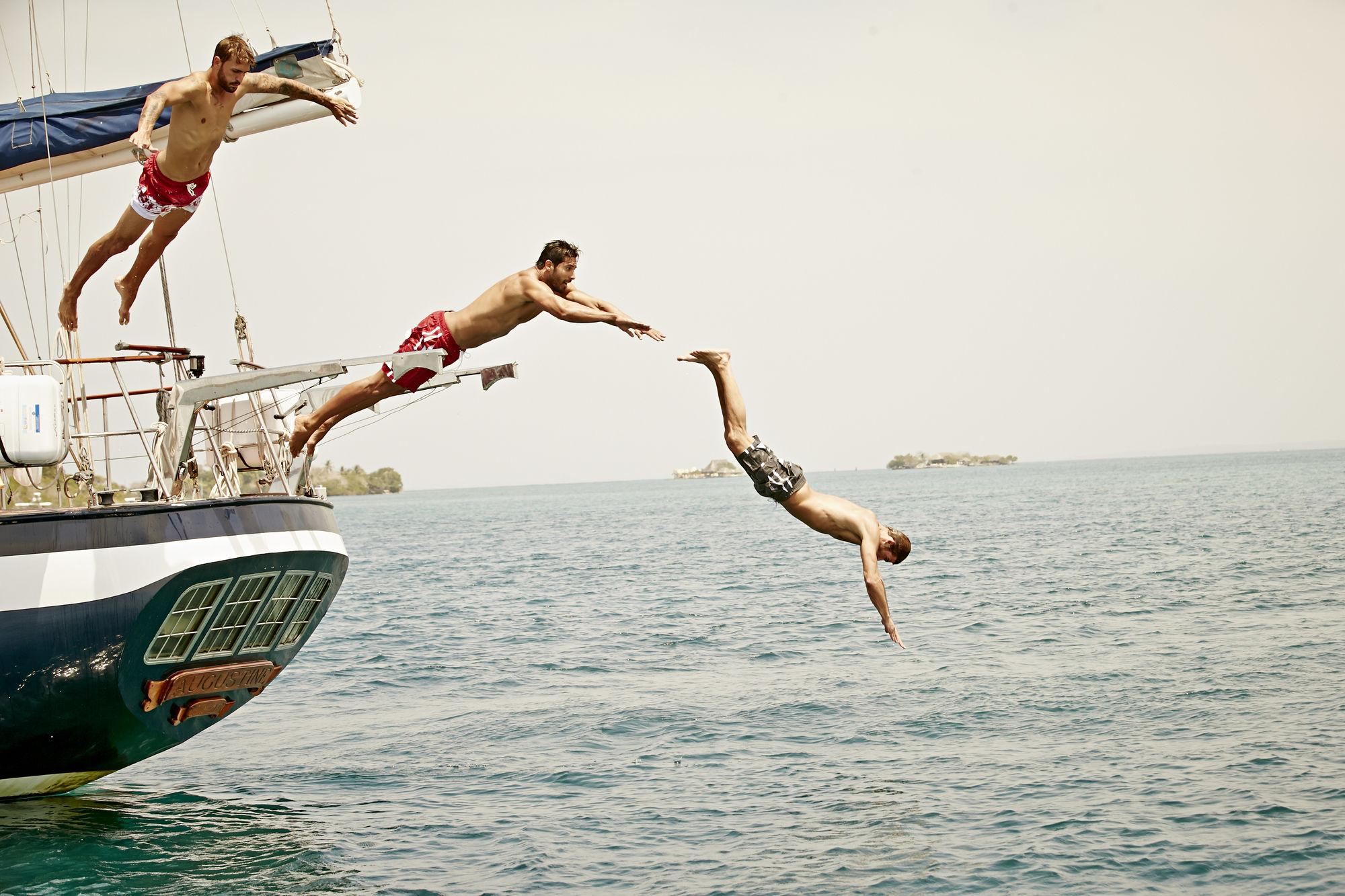 7 SEAS PRODUCTIONS: Bonprix in Cartagena, Colombia