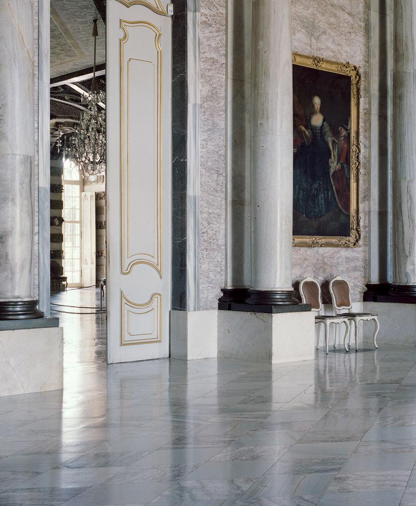 FRIEDERISIKO - das Neue Palais von Sansscouci (Blick vom Vestibül in den Grottensaal)