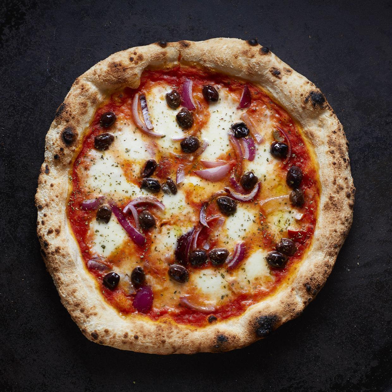 ANDREA HEBERGER GMBH & Pizza Pizza