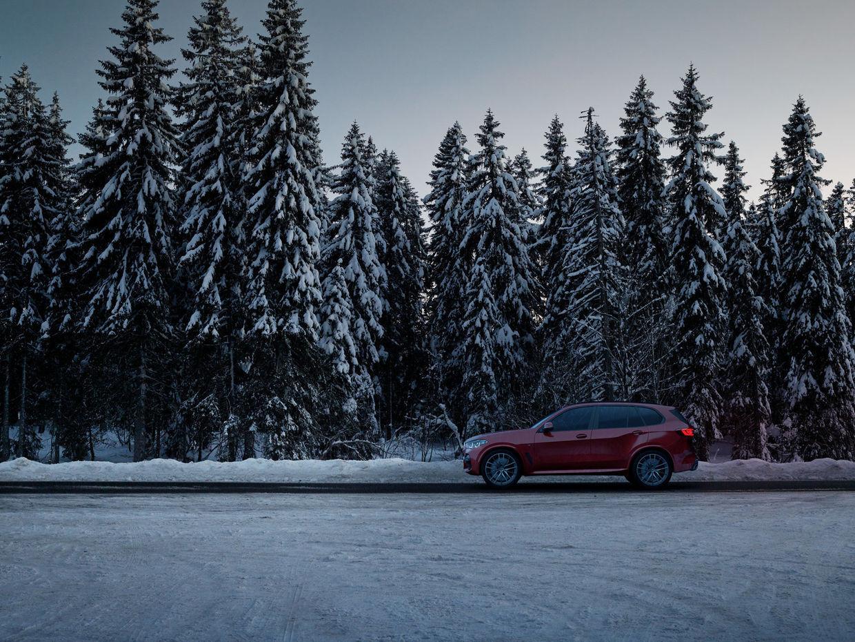 "SEVERIN WENDELER: TRANSPORTATION SPECIAL ""BMW X5"" Photography & CGI Project by Sebastien Staub c/o Severin Wendeler"