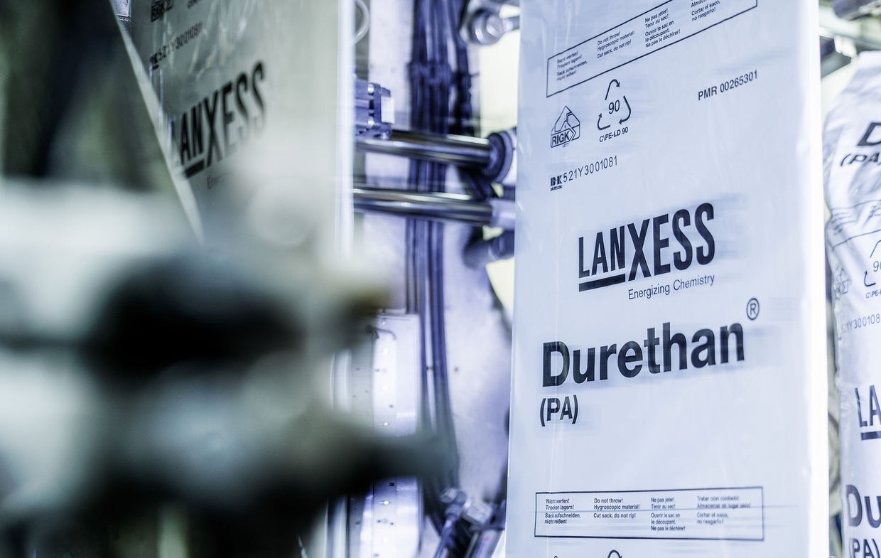 WOLFRAM SCHROLL - Industrial Photography - shooting for Lanxess