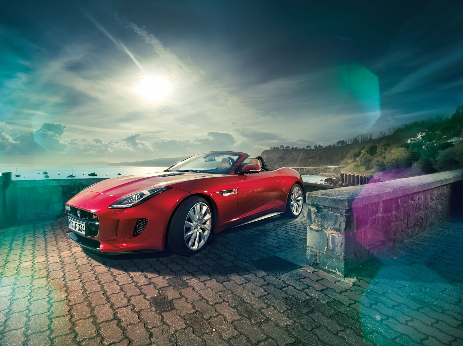 RECOM : Jaguar F-Type for GQ