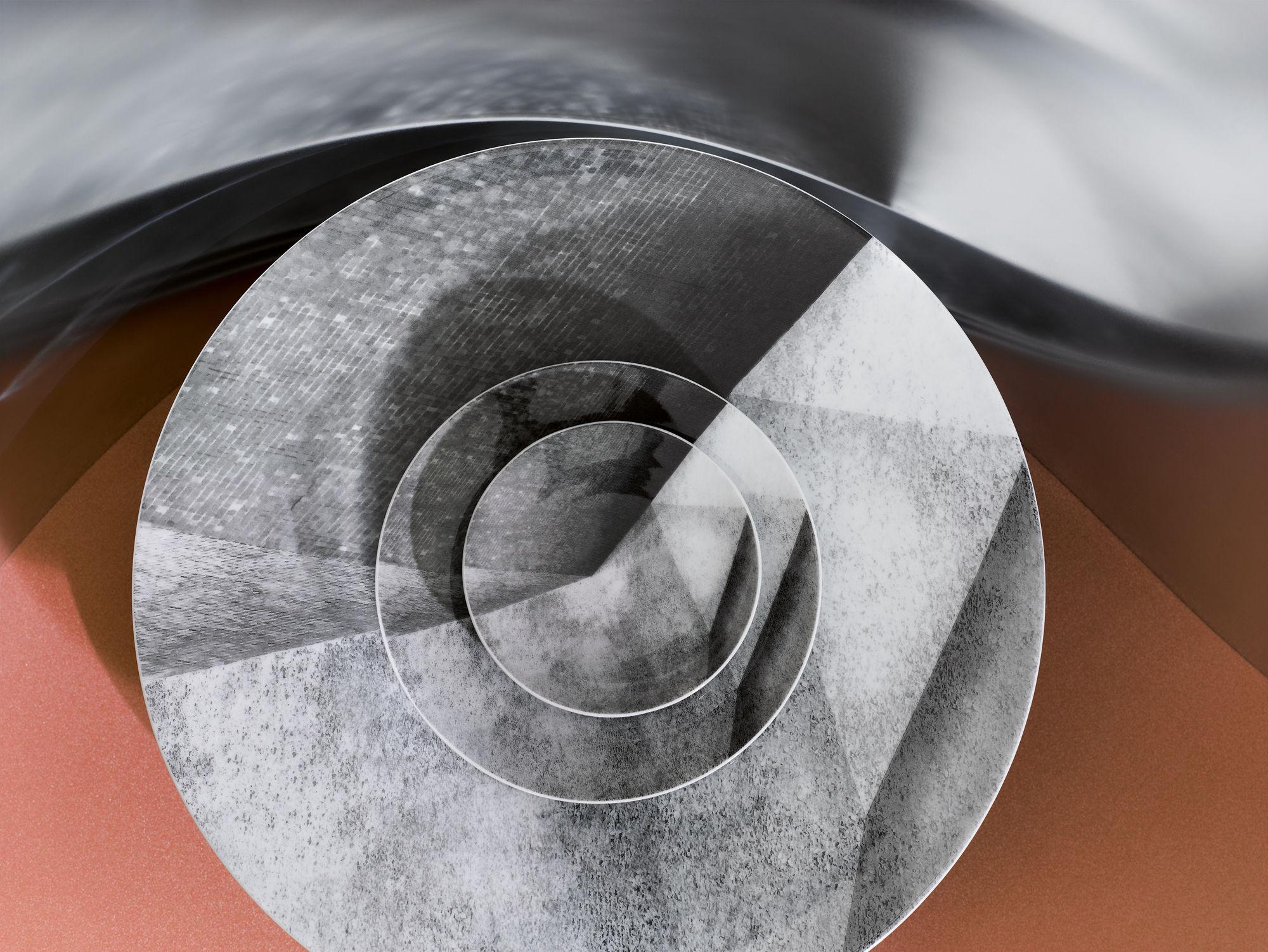 EMEIS DEUBEL: Attila Hartiwig for Rosenthal Magazine x Bauhaus