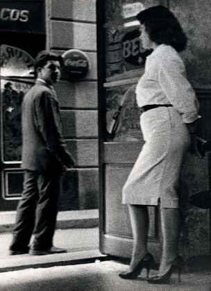 FOTOMUSEUM WINTERTHUR : DARKSIDE – Fotografische Begierde und fotografierte Sexualität - Joan Colom Untitled, 1958-1961 (Ohne Titel), Silbergelatine-Abzug, 23 x 16,6 cm ; Courtesy of Foto Colectania, Barcelona