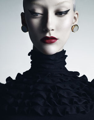 ICP NEW YORK *Weird Beauty - Fashion Photography Now *