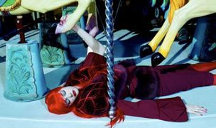 ICONS OF TOMORROW – Contemporary Fashion Photography