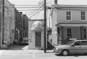 Andrew Borowiec : Along the Ohio - Vanceburg, Kentucky, 1996