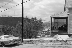 Andrew Borowiec : Along the Ohio - Wheeling, West Virginia, 1988