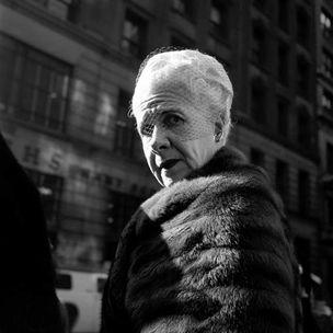 GALERIE HILANEH VON KORIES : Twinkle, twinkle, little star...by Vivian Maier