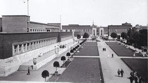 Museum Kunstpalast Düsseldorf, Der Ehrenhof 1926