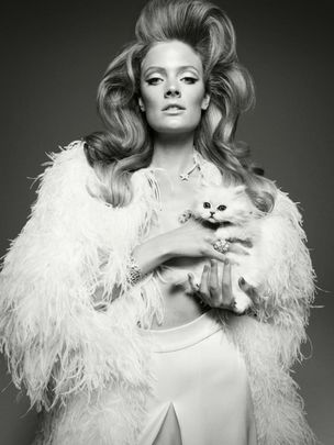 MUNICH MODELS : Constance JABLONSKI for VOGUE ITALIA