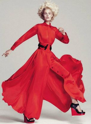 MUNICH MODELS : Constance JABLONSKI for HARPERS BAZAAR US