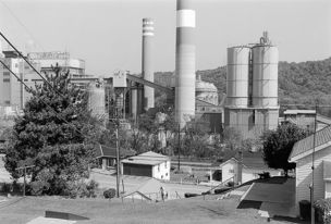 Andrew Borowiec : Along the Ohio - Monongahela Valley, Pennsylvania, 1988