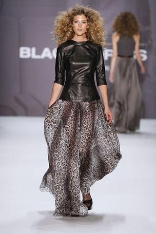 VIVA MODELS : ALEX Knight for BLACKY DRESS