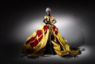 BASICS : DHL Mercedes Fashion Show - Michalsky