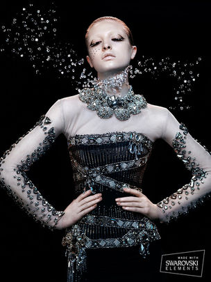 KLEIN PHOTOGRAPHEN : Lado ALEXI for VOGUE / SWAROVSKI