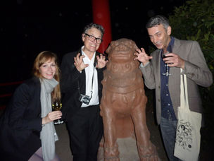 Winner Dinner 2011 : .... outside in the zoo... Janina Schulze (ZDF), ROlf Scheider, Cyrus C. Halabian (GoSee)