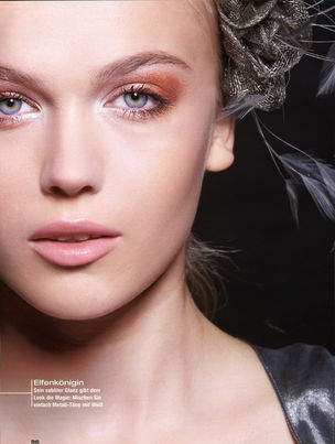 CLOSE UP : LENA Petersen for JOY