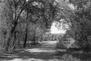 Andrew Borowiec : Along the Ohio - Western Kentucky, 1996