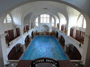 GOSEE KIEZ : Muellersches Volksbad