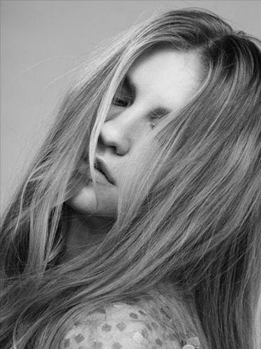 21 AGENCY : Susanne MARX