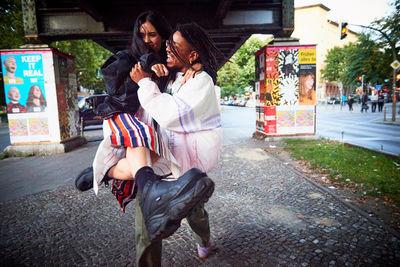 EMEIS DEUBEL: MAT NEIDHARDT, PERSONAL PROJECT 'REAL DEAL', STREET CASTING