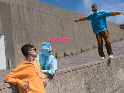 COSMOPOLA GMBH | Paperboy by Joseph Ford for Schön! Magazine