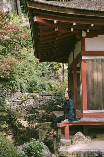 EMEIS DEUBEL: Emily Winiker travels through Japan