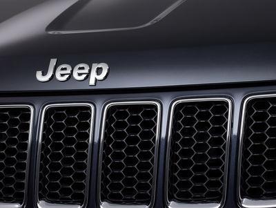 The 2016 JEEP X ELYAS calendar. Studio Amos Fricke for Jeep.