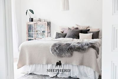 CHRISTA KLUBERT PHOTOGRAPHERS: Anders Jungermark for Shepherd