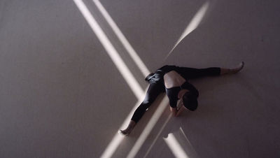 AFPHOTO : Bart Pogoda for AVON DREAMS | Dancer