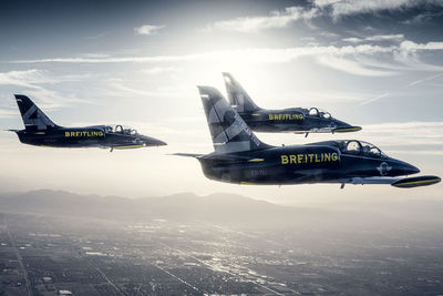 DOUBLE T PHOTOGRAPHERS: Alexander Babic - Breitling jet team - Transportation