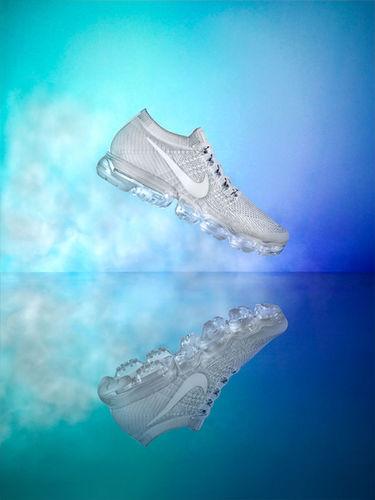 Justin Fantl c/o GIANT ARTISTS shot Nike's latest innovative sneaker