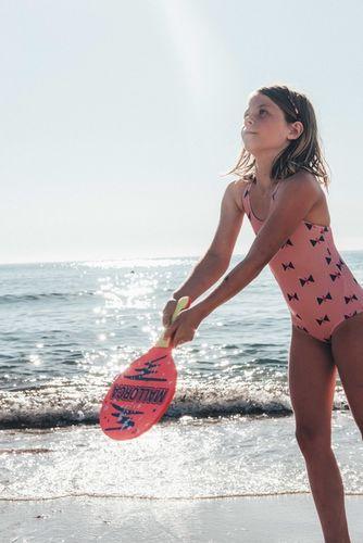 WILDFOX RUNNING: Feli&Pepita for The Little Revolution Magazine with 'Sandy Beach'