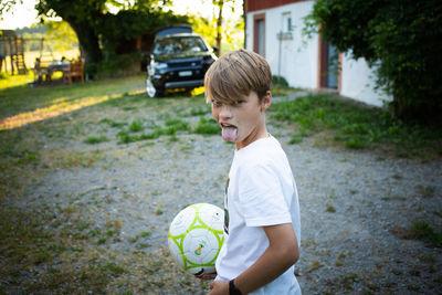 CHRISTA KLUBERT PHOTOGRAPHERS: KILIAN KESSLER WITH A LITTLE SOMMER STORY