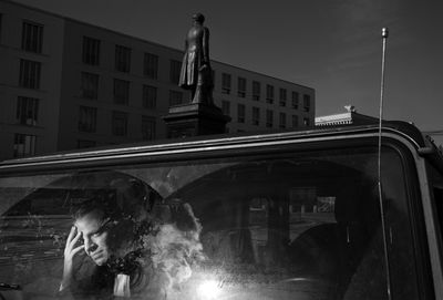 CHRISTA KLUBERT PHOTOGRAPHERS: Oliver Mark with rising stars and big city myths