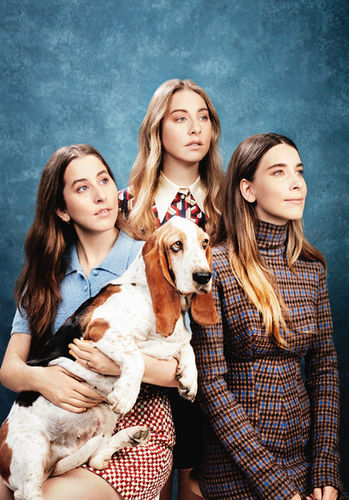 HAIM FOR STYLIST MAGAZINE, RETOUCHED-STUDIOS, TOM VAN SCHELVEN