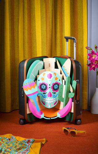 SZ Magazine Pop-Up Suitcases