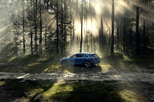 NERGER M&O : AUDI e-tron reveal campaign, MERCEDES-BENZ classic magazine, AUDI performance parts, and the BMW corporate aftersales campaign