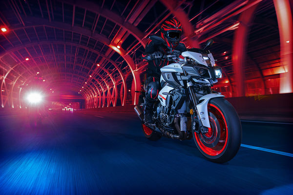 NEWS BLOG MATTHIJS VAN ROON PHOTOGRAPHY: New Avertising for Yamaha MT10 2019 by MATTHIJS VAN ROON PHOTOGRAPHY