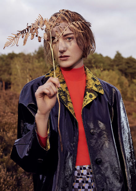 hille photographers : Julia Necker c/o MD Management for SCHÖN magazine in the Lüneburg Heath and a 'House Mix' in FACES MAG