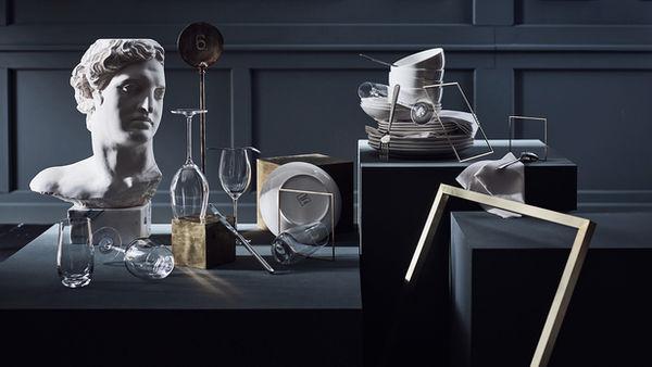 Jeroen VAN DER SPEK c/o STILLSTARS GMBH photographs new classics for JOHANN JAKOB