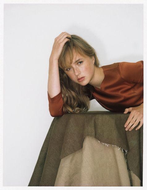 PORTFOLIO BASICS BERLIN: JN'C Magazine | Hari&Make-Up: Katharina Handel | Photographer: Andreas Knaub