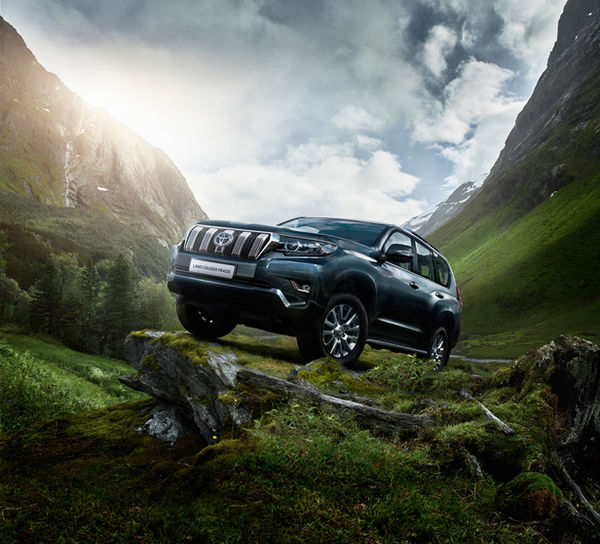 Marcus Philipp Sauer photographs the new TOYOTA LAND CRUISER for Prodigious London under extreme weather conditions in Norway and Berlin