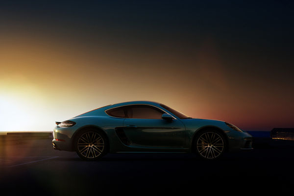 Steffen Schrägle photographs the Porsche 718 Cayman backplate images in Barcelona in cooperation with Third Floor Company for CGI