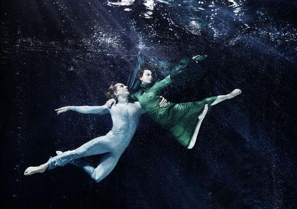 SUSANNE STEMMER - Vienna State Opera Ballet Company underwater