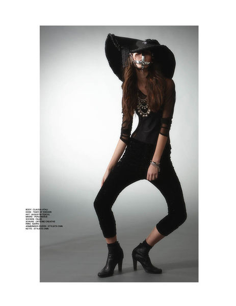 OLFF APPOLD for ICONISTA MAGAZINE